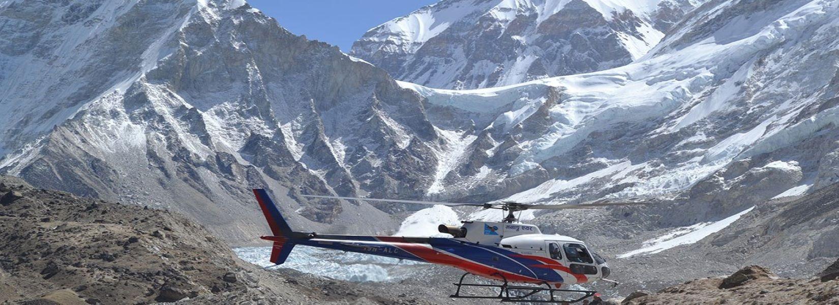 Everest Base Camp-Gokyo Short Heli Trekking